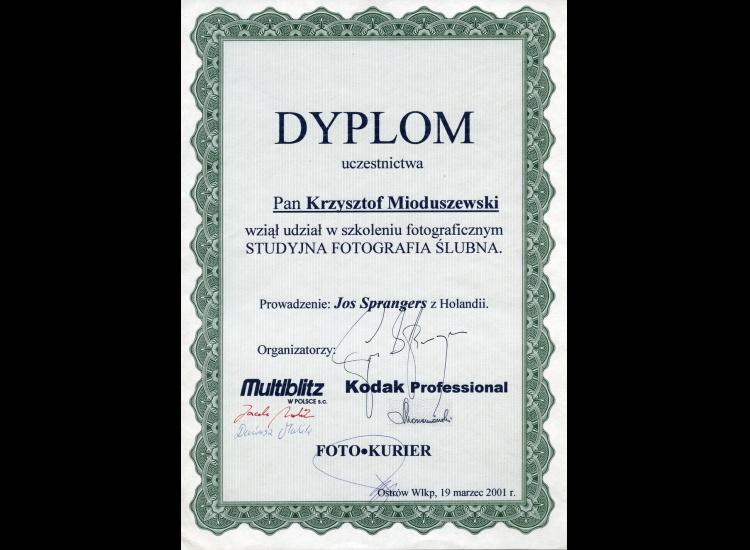 Dyplom uczestnictwa w szkoleniu fotograficznym STUDYJNA FOTOGRAFIA ŚLUBNA